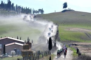 b_300_220_15593462_0___images_stories_AltriSport_strade_bianche.jpg