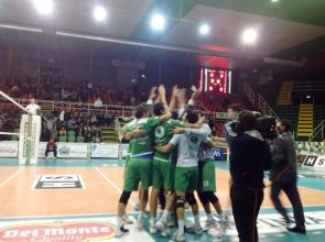 b_300_220_15593462_0___images_stories_Pallavolo_avellino_ortona.jpg